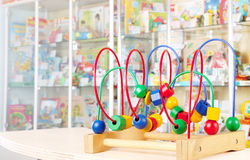 Spielzeug im Markt Stockfotografie