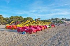 Spielzeugboote geparkt Lizenzfreies Stockbild