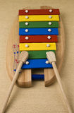 Spielzeugbunter Xylophone Stockfotografie