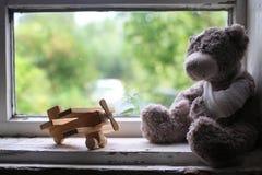Spielzeugkrankheitshilfe Stockbild