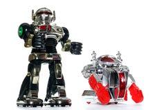 2 Spielzeugroboterfreunde lizenzfreie stockbilder