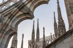 Spiers van Milan Cathedral, Italië Stock Foto's