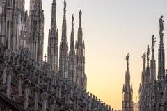 Spiers von Milan Cathedral, Italien stockfotografie
