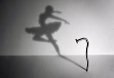Spika och en dansare Arkivfoton