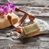 Spika omsorg, massagen och renhet på autentisk skönhetbot Arkivfoton