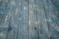 Spikar blå wood bakgrundstextur för tappning med fnuren och hål gammalt målat trä abstrakt bakgrundsblue Royaltyfri Foto