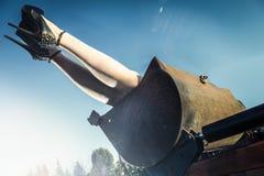 Spiky ботинки в ведре трактора Стоковые Изображения RF