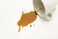 spillt kaffe Fotografering för Bildbyråer