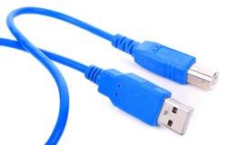 Spina del cavo di USB isolata su fondo bianco fotografia stock