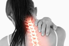 Spina dorsale evidenziata della donna con dolore al collo fotografie stock