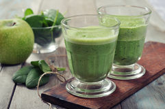 Spinach and apple smoothie Royalty Free Stock Photo