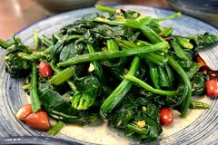 spinach salad,Chinese food