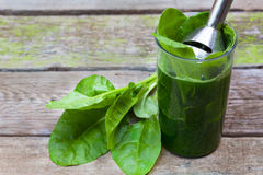 Spinach smoothie for a meal Royalty Free Stock Photography