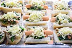 Spinaci cotti con formaggio fotografie stock