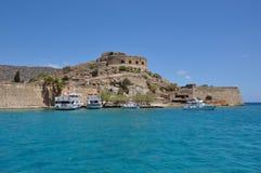 Spinalonga spetälskö, sikt av ön crete Grekland Arkivbilder