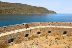 Spinalongaeiland, de vestingsmuren van Kreta, Griekenland stock fotografie