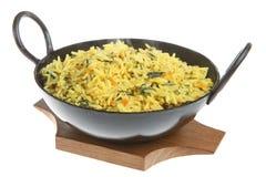 Spinat und Karotte Pilau Reis Stockfoto