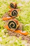 Spinats-Omelett-Schnecken Stockfotos