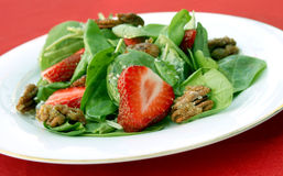 Spinazie en Salade Straberry Royalty-vrije Stock Afbeeldingen