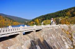 Spindleruv Mly en montagnes géantes, lac artificiel Photo stock
