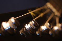 Spine di sintonia di una chitarra bassa Fotografie Stock Libere da Diritti
