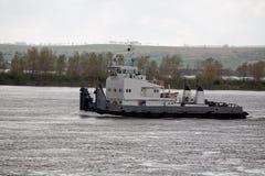 Spingitoio del fiume sul fiume Yenisei Fotografie Stock