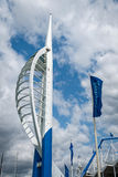 SpinnakertornGunwharf kajer Portsmouth England Arkivbild