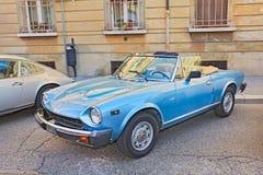 Spinne Amerika Fiats 124 Stockfoto