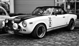 Spinne Sportauto Fiats 124 Stockfotografie