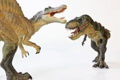 Spinosaurus Stawia czoło Daleko z Tyrannosaurus Rex Obraz Stock