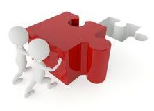 spinta che del carattere di umanoide 3d un puzzle di rosso collega Immagini Stock