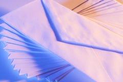 Spiraalvormig patroon van enveloppen Royalty-vrije Stock Foto