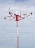 Spiraalvormige antenne op de mast royalty-vrije stock afbeeldingen