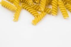 Spiraalvormige ruwe macaronideegwaren Royalty-vrije Stock Fotografie