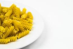 Spiraalvormige ruwe macaronideegwaren Royalty-vrije Stock Afbeelding