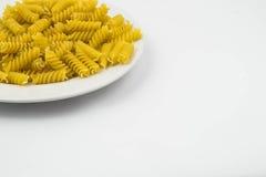 Spiraalvormige ruwe macaronideegwaren Royalty-vrije Stock Foto