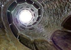 Spiraalvormige tunnel Stock Foto's
