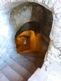 Spiral nedstigning in i vattenminen Royaltyfria Bilder
