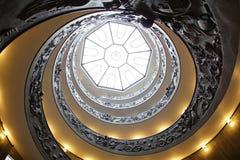 spiral trappuppgång Arkivbild
