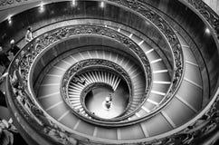 spiral trappuppgång vatican Arkivbild
