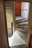 Spiraltrappuppgång i slott Royaltyfri Bild