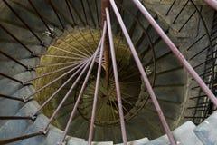 Spiraltrappuppgång som leder till kolonnaden av domkyrkan för ` s för St Isaac St Petersburg Arkivfoton