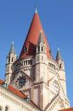 Spire av St. Francis av den Assisi kyrkan royaltyfria bilder