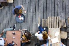 Spirito del terrazzo nell'alimento e nella bevanda di estate Fotografia Stock
