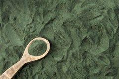 Spirulina alg proszek - Odgórny widok zdjęcie royalty free