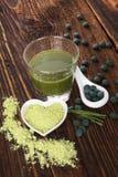 Spirulina, chlorella, gerst en wheatgrass Royalty-vrije Stock Foto's