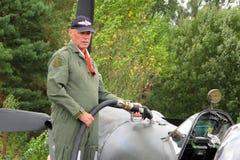Spitfire που ανεφοδιάζεται σε καύσιμα Στοκ φωτογραφία με δικαίωμα ελεύθερης χρήσης