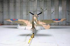 Spitfire в мастерской Стоковые Изображения RF