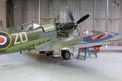 Spitfire в мастерской Стоковое фото RF
