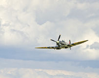 Spitfire en vol Photographie stock